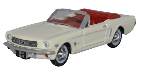 Oxford Diecast Wimbledon White Ford Mustang Convertible 1