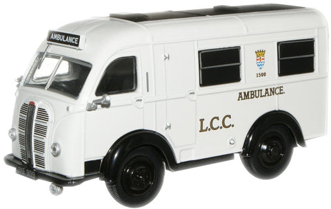 Oxford Diecast LCC Austin Welfarer Ambulance - 1:43 Scale