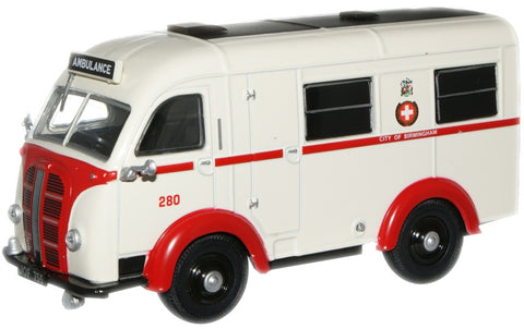 Oxford Diecast Birmingham K8 Welfarer Ambulance - 1:43 Scale