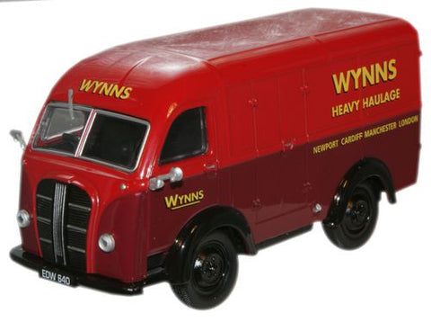 Oxford Diecast Wynns Austin K8 - 1:43 Scale