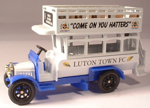 Oxford Diecast Luton Town - 1:76 Scale