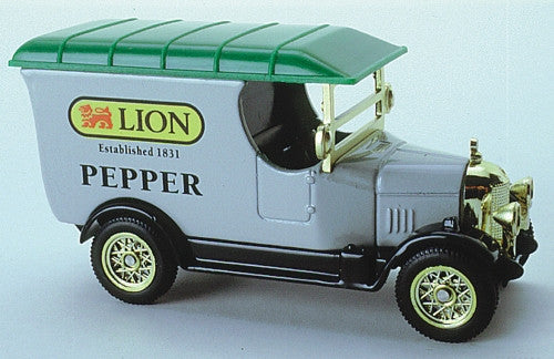 Oxford Diecast Lion