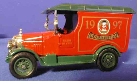 Oxford Diecast 1997 Christmas Van