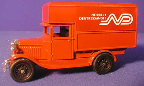 Oxford Diecast Norbert Dentressangle