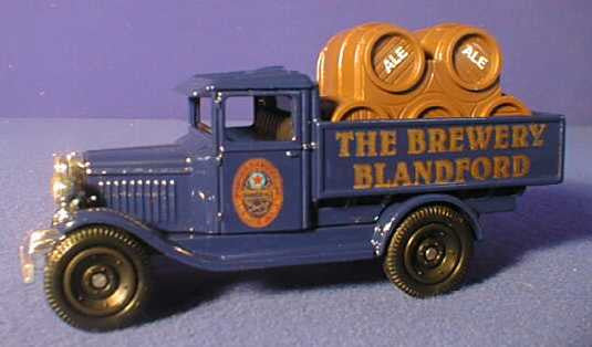 Oxford Diecast Marsh Beer