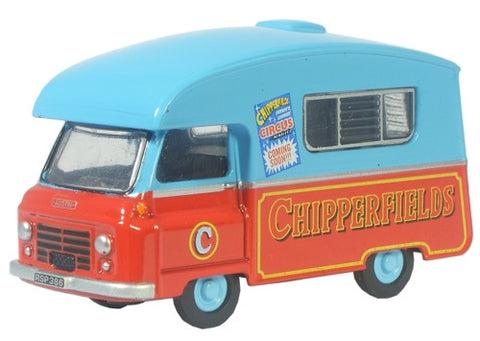 Oxford Diecast Chipperfields J2 Paralanian - 1:76 Scale