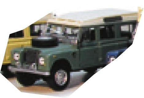 CARARAMA Land Rover Green Station - 1:43 Scale - OxfordDiecast