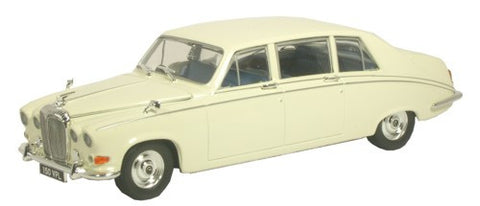 Oxford Diecast Daimler DS420 Old English White - 1:43 Scale
