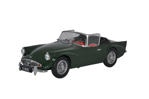 Oxford Diecast Daimler SP250 Open Racing Green