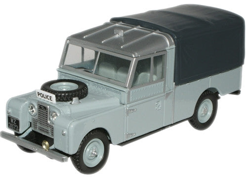 "Oxford Diecast RUC Land Rover 109"" Canvas - 1:43 Scale"