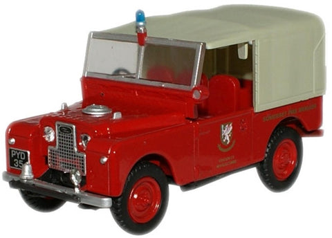 "Oxford Diecast Somerset FB (Wiveliscombe) Land Rover 88"" Canvas - 1:43"