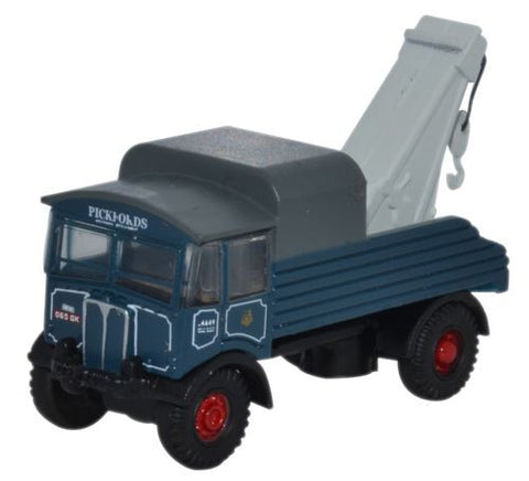 Oxford Diecast AEC Matador Pickfords - 1:148 Scale