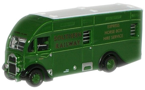 Oxford Diecast Southern Railways Albion Horsebox - 1:148 Scale