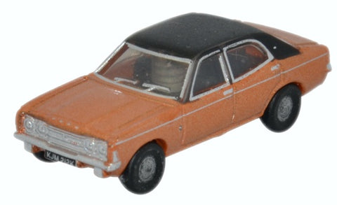 Oxford Diecast Cortina MKIII Gold
