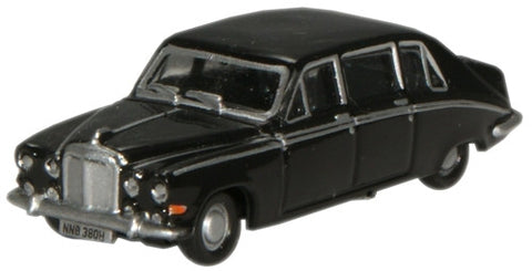 Oxford Diecast Black Daimler DS420 Limousine - 1:148 Scale