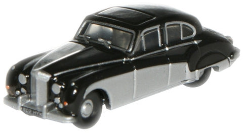 Oxford Diecast Black/Cornish Grey Jaguar MkVIII - 1:148 Scale