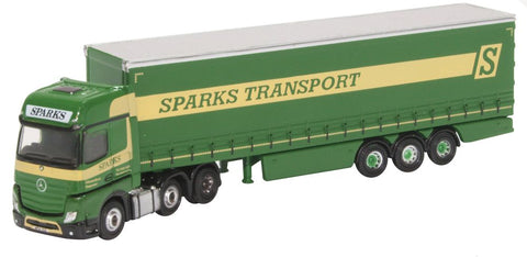 Oxford Diecast Mercedes Actros Curtainside Sparks