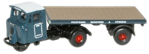 Oxford Diecast Pickfords Flatbed Trailer - 1:148 Scale