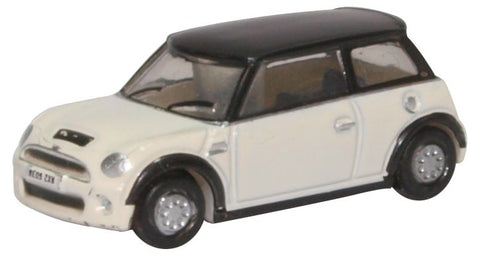 Oxford Diecast New Mini Pepper White