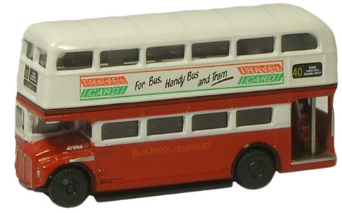 Oxford Diecast Blackpool Routemaster - 1:148 Scale