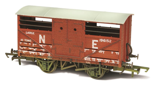 Oxford Rail Cattle Wagon Lime Washed LNER 196152