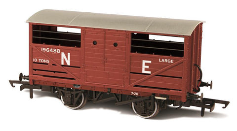 Oxford Rail Cattle Wagon LNER 196488