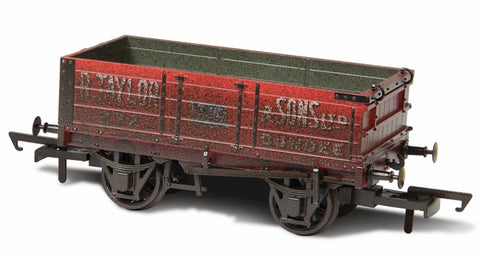 Oxford Rail Weathered R.taylor & Sons Ltd - 4 Plank Mineral Wagon