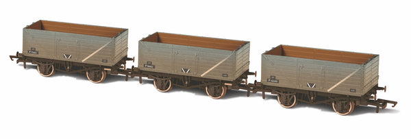 Oxford Rail 3 BR Weathered Grey 7 Plank Wagons P75662/P98402/P162491
