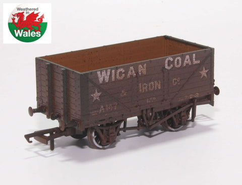 Oxford Rail Weathered Wigan Coal & Iron Co 7 Plank Wagon