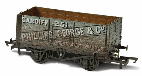 Oxford Rail Weathered Phillips George & Co 251 - 7 Plank Mineral Wagon