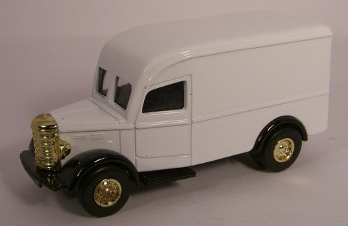 Oxford Diecast White Bedford