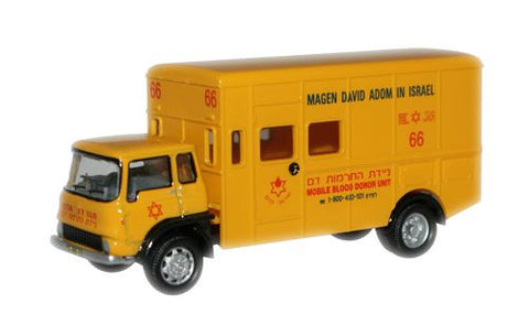 Oxford Diecast TK Blood Donor - 1:76 Scale