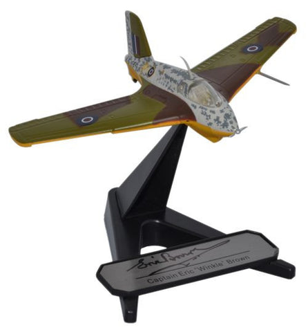 Oxford Diecast Eric Winkle Brown - includes signed plaque Me163B - 1:72 Scale