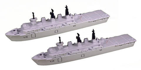 TRIANG Albion Class Assault Ships_2 - 1:1200 Scale