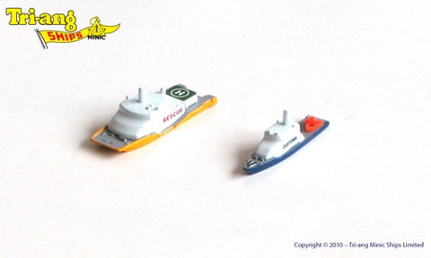TRIANG Rev Cutter & Res Catamaran - 1:1200 Scale