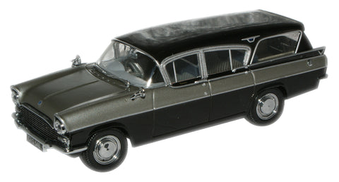 Oxford Diecast Silver Grey/Black Cresta Friary Estate - 1:43 Scale