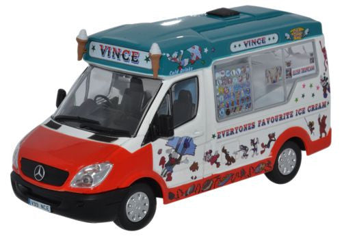 Oxford Diecast Whitby Mondial Ice Cream Vinces Ice Cream - 1:43 Scale
