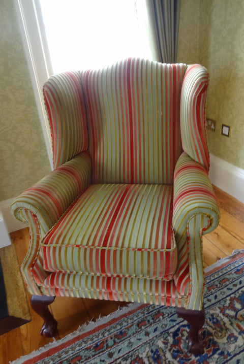 queen ann style chair