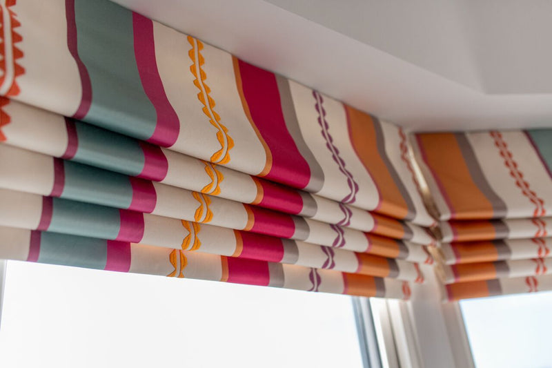 How To Make a Roman Blind - book your masterclass place with Applemoon Interiors now!
