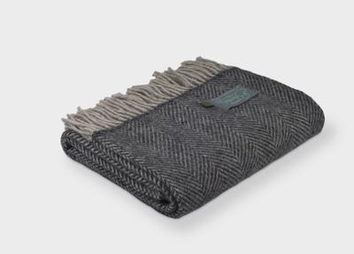 Lifestyle Herringbone Throw - Silver / Charcoal - Applemoon Interiors