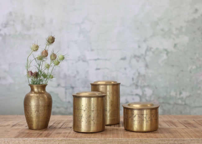NAMI DECORATIVE BRASS POT - Applemoon Interiors