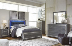 Lodanna Queen Bed w/ Dresser Mirror & Nightstand