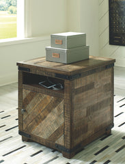 Cordayne - Rustic Brown - Chair Side End Table