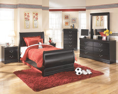 Huey Vineyard Twin Sleigh Bed w/ Dresser & Mirror