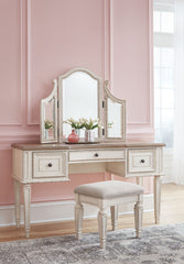 Realyn - Two-tone - Vanity/Mirror/Stool (3/CN)