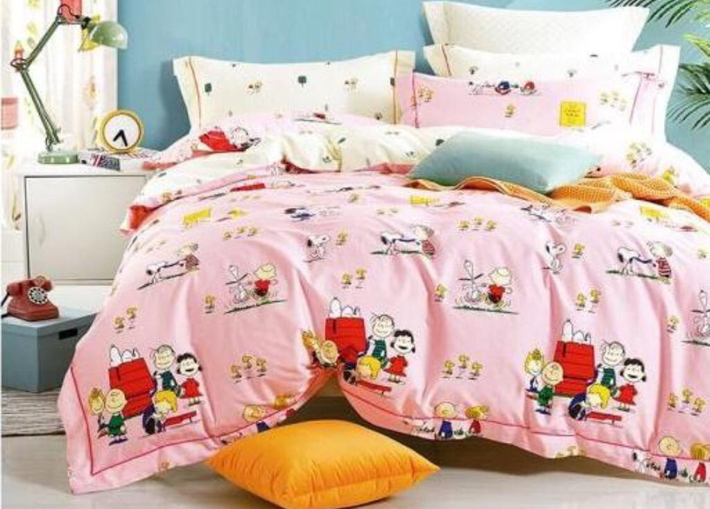 Snoopy (on pink)