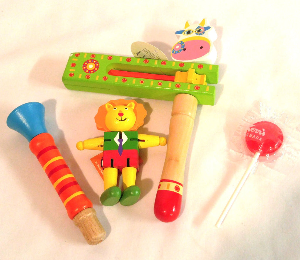 Wooden Music Makers - Noise Maker & Horn/whistle