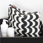 Tall wash Bag in Wave Design