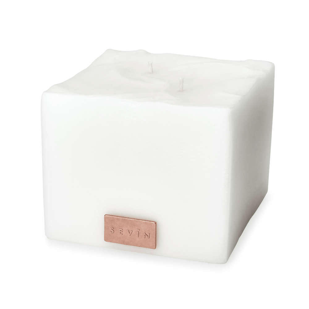 SEVIN London Home MEDIUM WHITE CANDLE Porcelain White Candle Double Wick