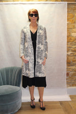 Chic Tapestry Coat in Black Butter
